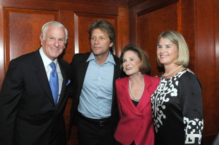 """(L-R)Harold Honickman, Jon Bon Jovi, Lynne Honickman and Leigh Middleton attend the """"Coming HOME"""" 20th anniversary gala for Project H.O.M.E. at the Philadelphia Marriott Downtown on September 23, 2009 in Philadelphia, Pennsylvania. HOME was the Green Family Foundation's big charitable endevour. Thank you, zimbio.com."""